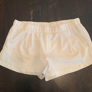Dressing shorts